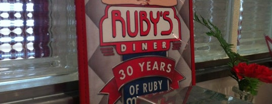 Ruby's Diner is one of Locais curtidos por Star.