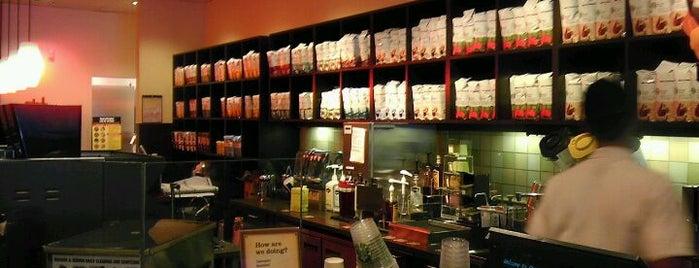 Starbucks is one of Aniruddha'nın Beğendiği Mekanlar.