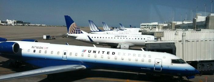 ท่าอากาศยานนานาชาติเดนเวอร์ (DEN) is one of AIRPORT.
