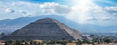 Zona Arqueológica de Teotihuacán is one of Museos.