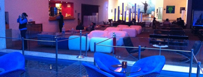 Blue Lounge is one of Lugares en Polanco.