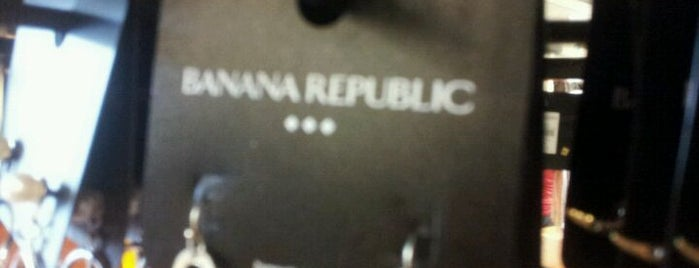 Banana Republic Factory Store is one of Stephania 님이 좋아한 장소.