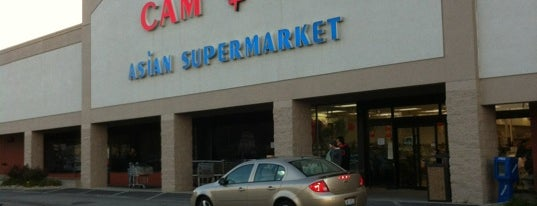 Cam Asian Supermarket is one of Lugares favoritos de Tim.