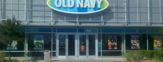 Old Navy is one of Posti che sono piaciuti a Abbey.