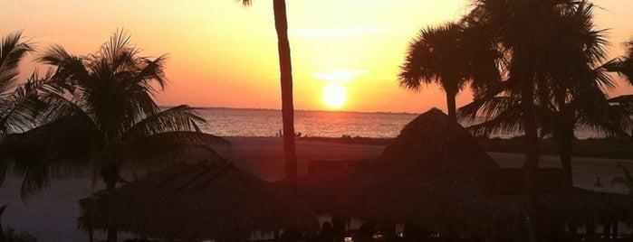 Outrigger Beach Hotel & Resort is one of Tempat yang Disukai Tammy.
