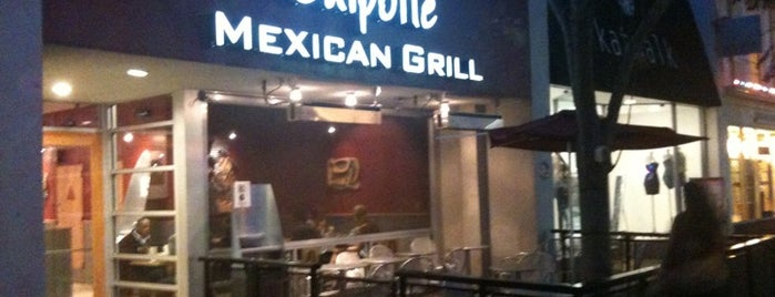 Chipotle Mexican Grill is one of Tempat yang Disimpan RC.
