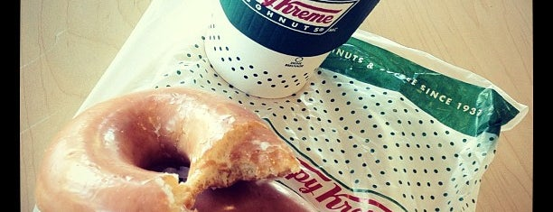 Krispy Kreme Doughnuts is one of Kateさんのお気に入りスポット.