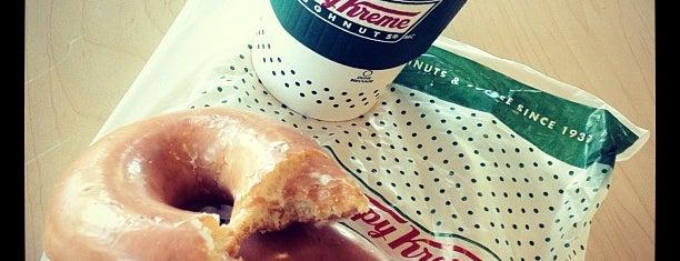 Krispy Kreme Doughnuts is one of Tempat yang Disukai Kate.