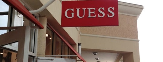 GUESS Factory Store is one of Locais curtidos por Edu.