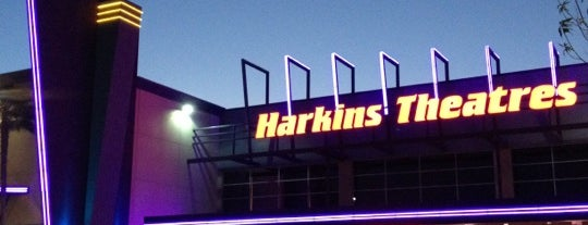 Harkins Theatres Chino Hills 18 is one of Orte, die Esther Ducky gefallen.