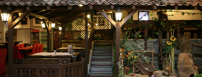 """Ресторант """"Хумбата"""" is one of Tempat yang Disimpan Kaladan."""