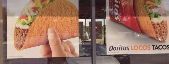 Taco Bell is one of barbee 님이 좋아한 장소.
