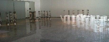 Sala de Arte CCU is one of Arte Contemporaneo en Santiago.