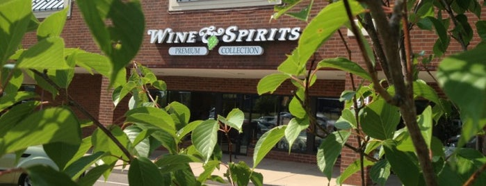 PA Wine & Spirits is one of Micheleさんのお気に入りスポット.