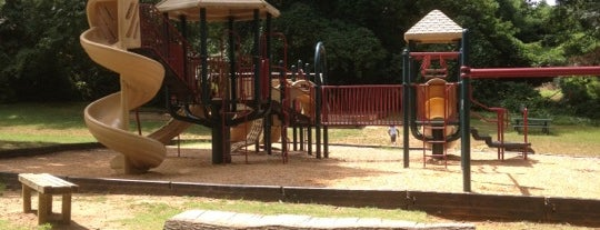 Holding Park is one of Gespeicherte Orte von Olesya.