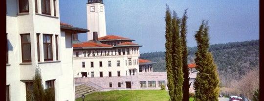 Koç Üniversitesi is one of Tempat yang Disukai Gizem 🌙.
