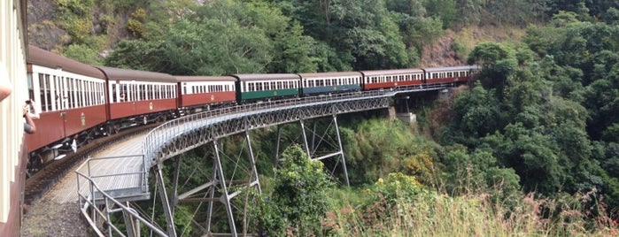 Kuranda Railway Station is one of Locais curtidos por Emily.