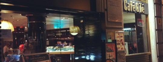 Café&Té is one of สถานที่ที่ Miguel ถูกใจ.