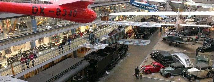 Národní technické muzeum | National Technical Museum is one of Moderní architektura v Praze.