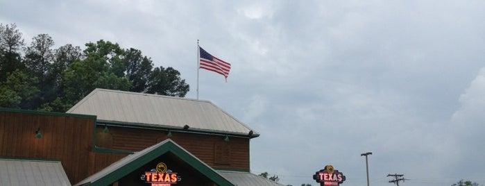 Texas Roadhouse is one of สถานที่ที่ Michelle ถูกใจ.