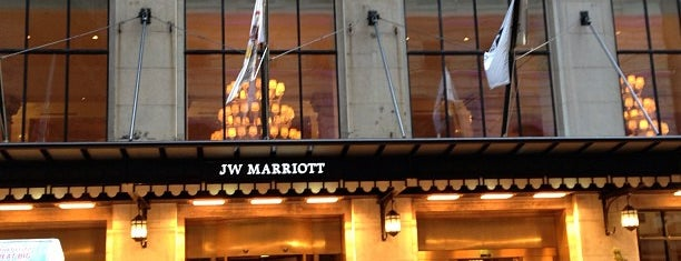 JW Marriott Chicago is one of Orte, die Rick gefallen.