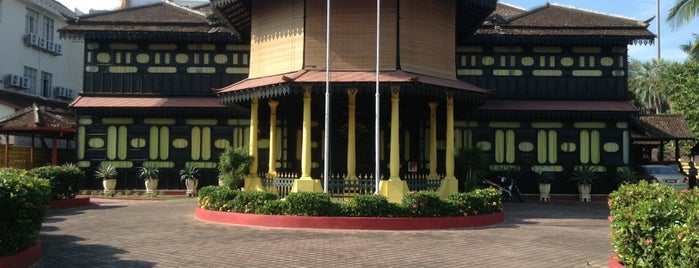 Istana Jahar is one of Visit Eat Stay @ East Coast.