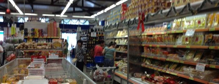 Yamaushi Supermercados is one of Lieux qui ont plu à Roberta.