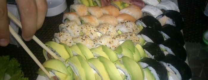 Sushi Online is one of Locais curtidos por Lorena.