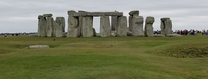 Stonehenge is one of Lieux qui ont plu à Andrew.