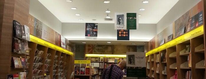 Asia Books is one of Bill'in Beğendiği Mekanlar.