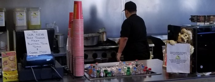 Filiberto's Mexican Food is one of Kelly : понравившиеся места.