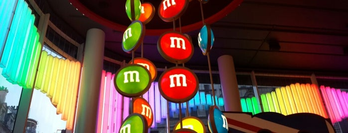 M&M's World is one of Lieux qui ont plu à Olga.