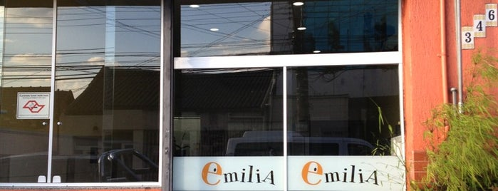 Restaurante Emília is one of Locais curtidos por Cledson #timbetalab SDV.