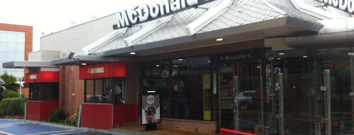 McDonald's is one of Lieux qui ont plu à Fran!.