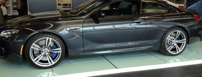 Autobahn BMW is one of Sean : понравившиеся места.