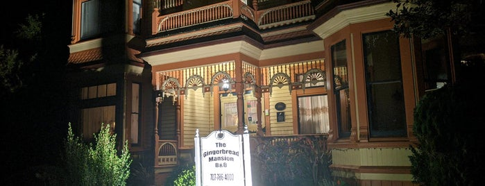 Gingerbread Mansion Inn is one of Favorite.
