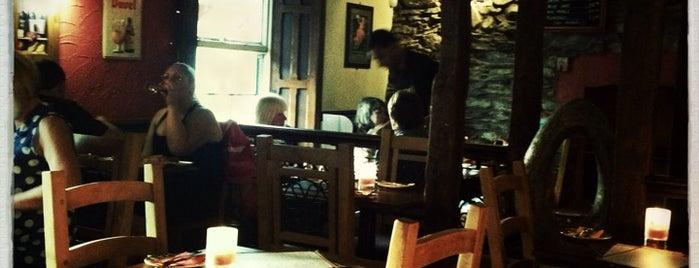 Bodega & Sol Tapas Bar is one of Locais salvos de Tom.
