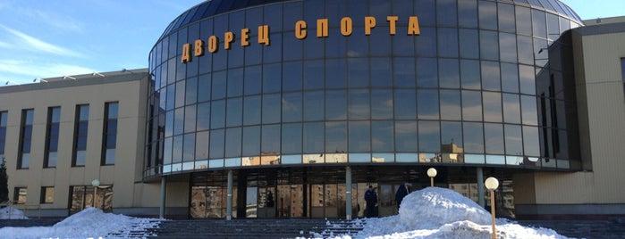 Ледовый дворец спорта is one of Lieux qui ont plu à Метр.