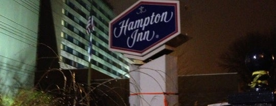 Hampton Inn JFK Airport is one of Locais curtidos por Fernando.