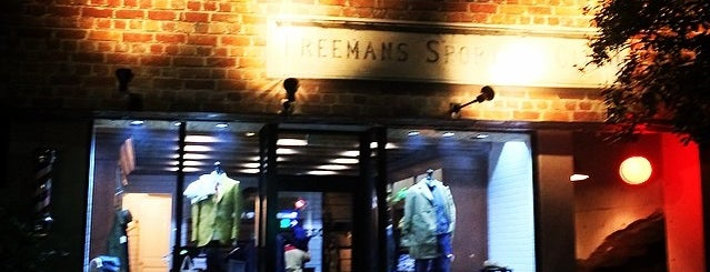 Freemans Sporting Club is one of Tokyo.