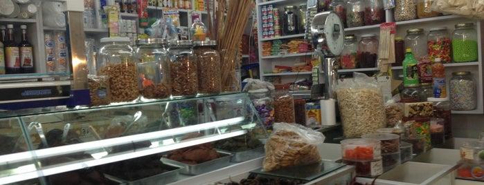 Mercado Kennedy is one of สถานที่ที่ Pau ถูกใจ.