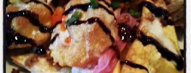 Romano's Macaroni Grill is one of สถานที่ที่ Oksana ถูกใจ.