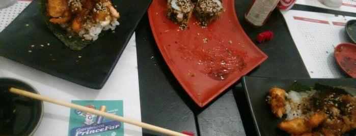Telemaki Sushi Lounge is one of Tempat yang Disukai Max.