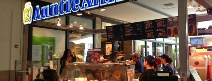 Auntie Anne's is one of Orlando.