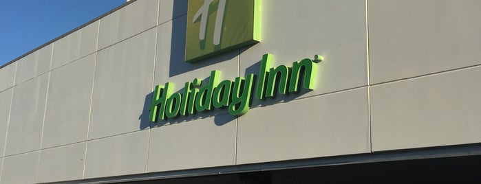 Holiday Inn Porto Gaia is one of Marcello Pereira : понравившиеся места.