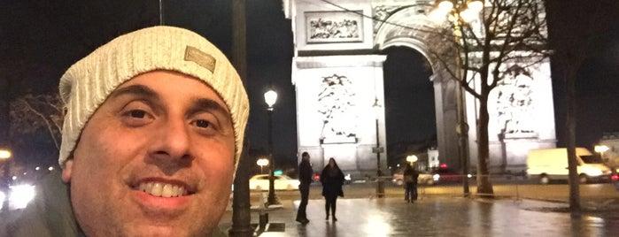 Arco di Trionfo is one of Posti che sono piaciuti a Marcello Pereira.