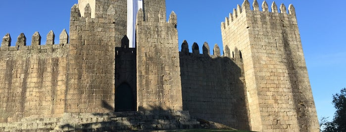 Castelo de Guimarães is one of Marcello Pereira : понравившиеся места.