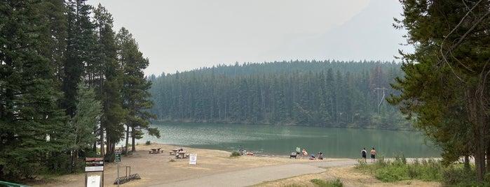 Lake Johnson is one of 行きたい所.