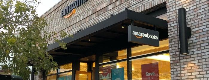 Amazon Books is one of Sergio M. 🇲🇽🇧🇷🇱🇷 : понравившиеся места.