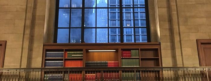 Biblioteca Pública de Nueva York is one of Lugares favoritos de Magaly.